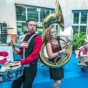 Walkabees 2018, Drums und Tuba